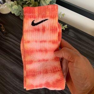 Nike Other - Nike Tye dye crew socks